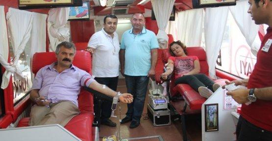 Türk Kızılayı Kan Bağış Aracı Gerze'de