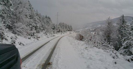 Kar Yolları Kesti