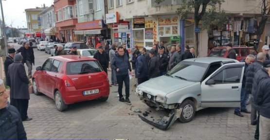 Atatürk Caddesi'nde de Kaza