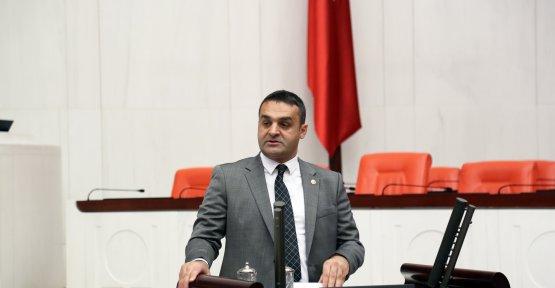 Karadeniz: Milleti Düşünen Yok!