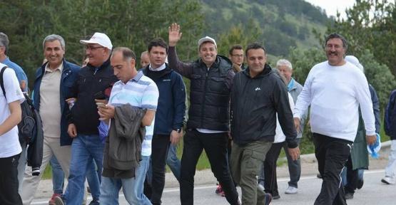Sinoplu Vekil Adalet Yürüyüşünde.