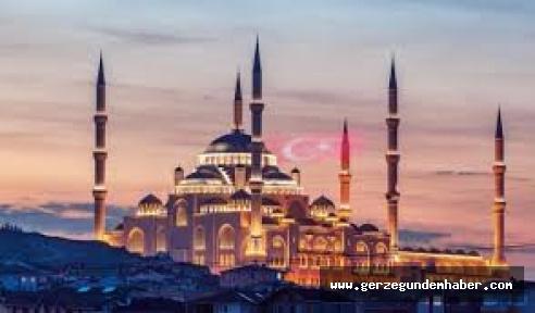 Gerze'de Minarelerden Dua Sesleri Yükseldi