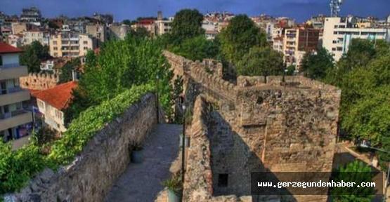 Sinop#039;ta 2500 yıllık surlar turizme kazandırılıyor