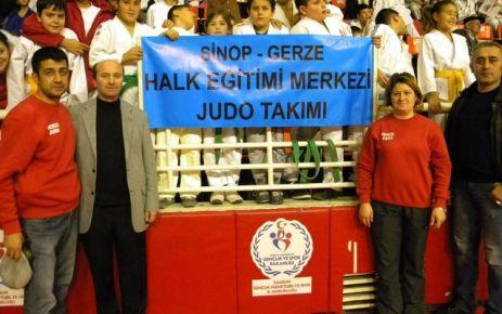 Elif Nur Demir Davetli