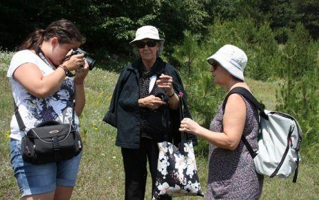 Foto Safariye İlgi Büyüktü,