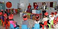 Kızılaydan  Çocuklara Ziyaret