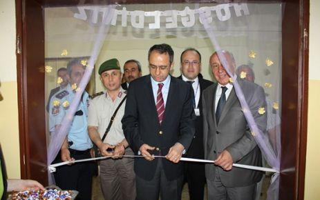 Yenikent'te Sergi ve Şiir Dinletisi