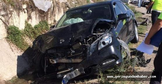 Sinop Valisi Erol Karaömeroğlu trafik kazası geçirdi