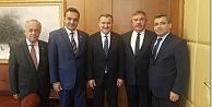 Sinoplu Başkanlar Bakanlık Makamında