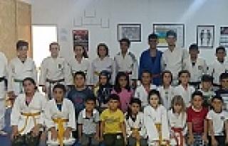 Judo sevenlere Müjde
